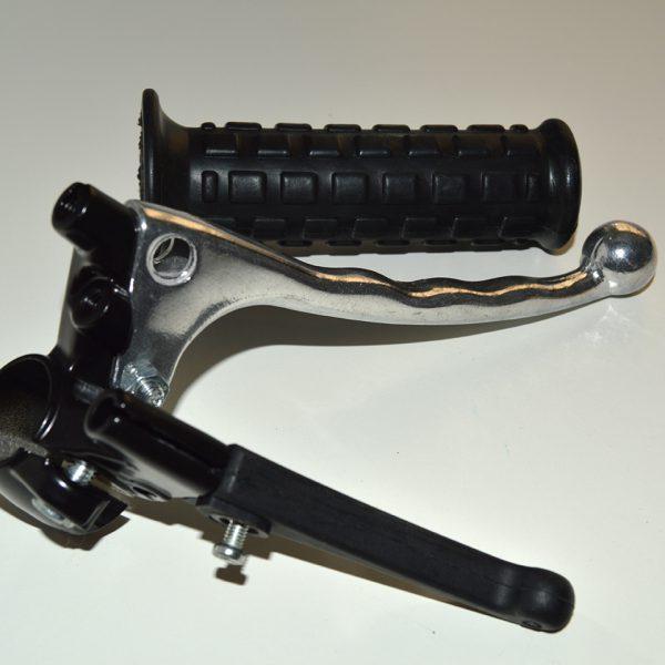 Venstre styr konsol med koblingstræk for Maxi p eller Chokerhåndtag for Maxi K